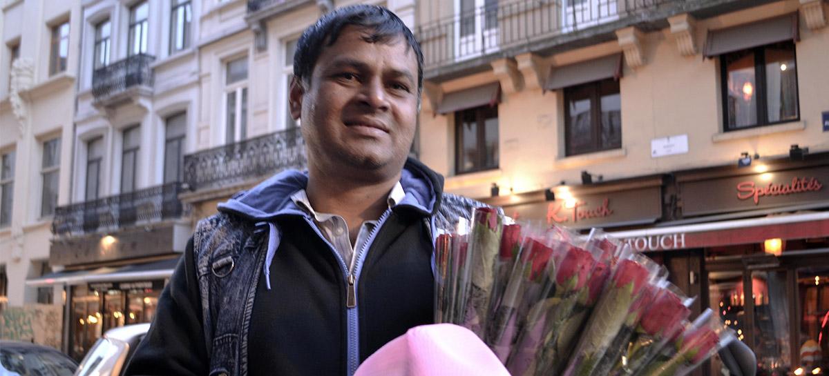 Ali, vendeur de roses pakistanais.
