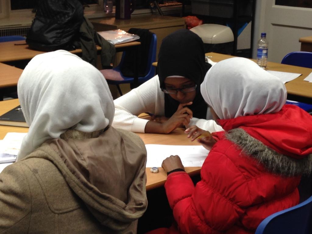 Cours pour des enfants migrants à Londres